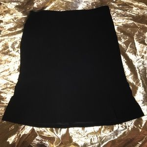 Classic black Ann Taylor skirt like new in 10P